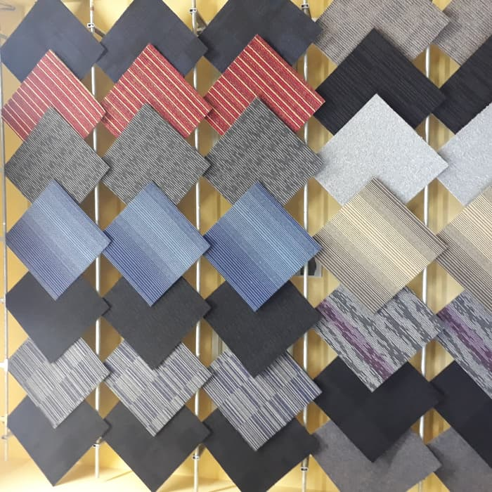 Kelebihan dan Kekurangan Karpet Tile